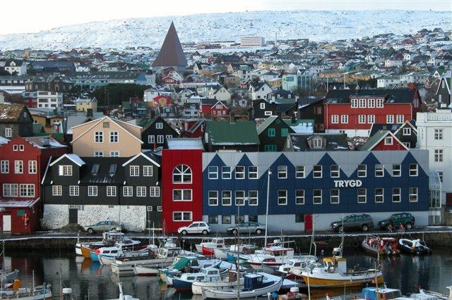 Ný norræn skýrsla: Sterkur vinnumarkaður og há frjósemistíðni í Færeyjum