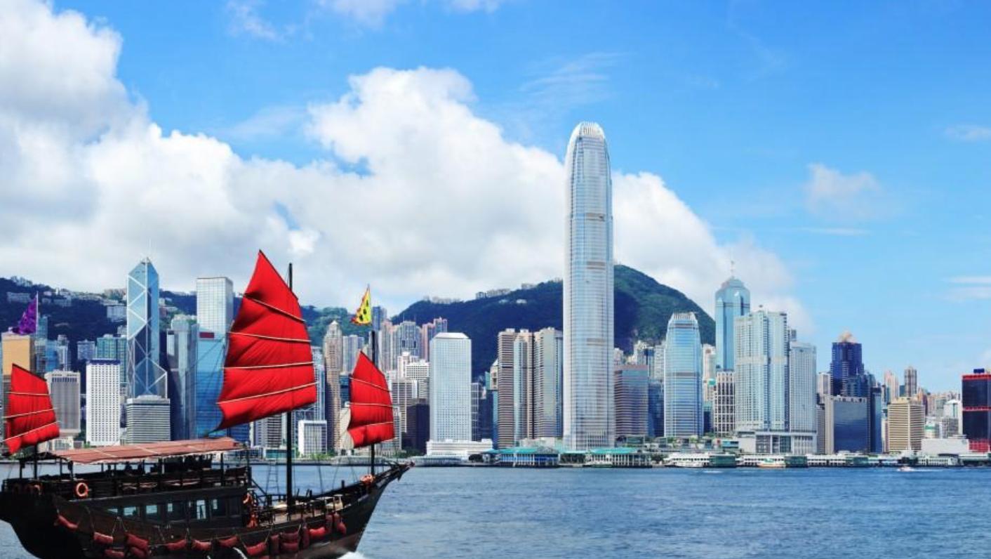 Hong Kong setur íbúa í tímabundna lokun í hverfum þar sem kórónaveiran er útbreiddust